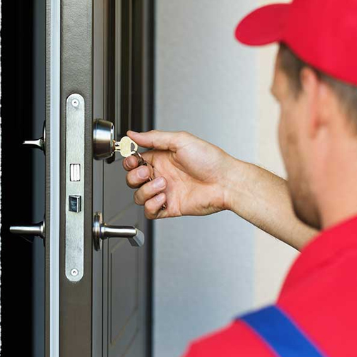 Commercial locksmith - door key